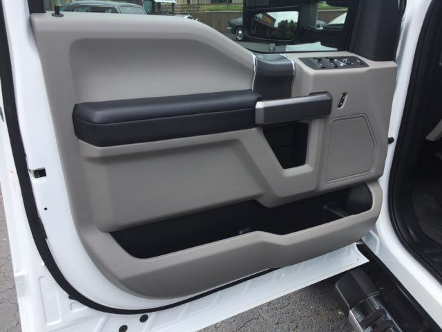 2018 Ford Super Duty F-250 Pickup XLT FX4 in Boerne, Texas 78006