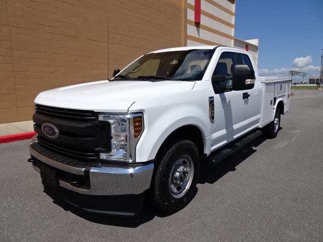 2018 Ford Super Duty F-250 Pickup XL Service Bed