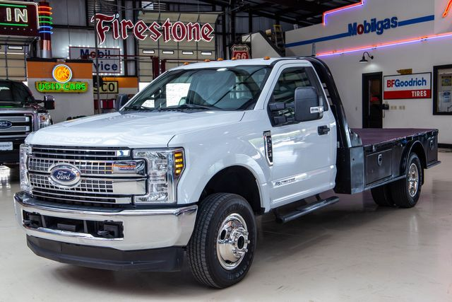 2018 Ford Super Duty F-350 DRW Chassis Cab XL 4x4 in Addison, Texas 75001
