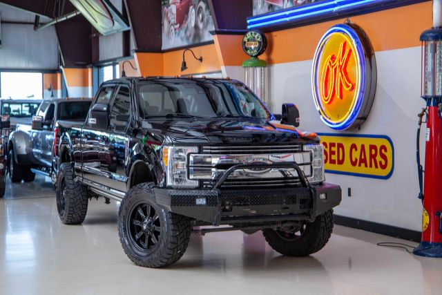 2018 Ford Super Duty F-350 SRW Lariat 4x4 in Addison, Texas 75001