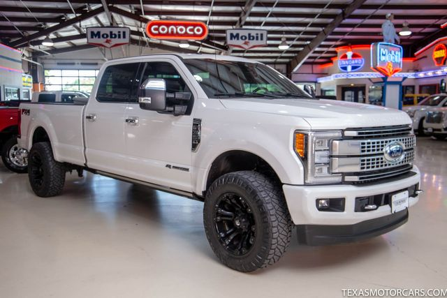 2018 Ford Super Duty F-350 SRW Pickup Platinum in Addison, Texas 75001