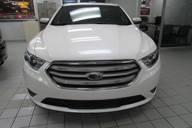 2018 Ford Taurus SEL W/ NAVIGATION SYSTEM/ BACK UP CAM Chicago, Illinois 1