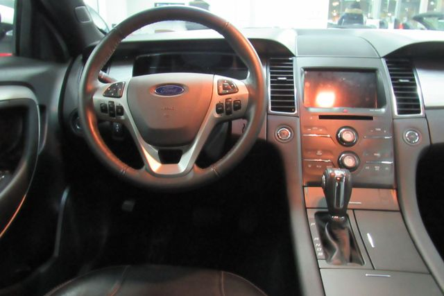 2018 Ford Taurus SEL W/ NAVIGATION SYSTEM/ BACK UP CAM Chicago, Illinois 14