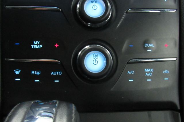 2018 Ford Taurus SEL W/ NAVIGATION SYSTEM/ BACK UP CAM Chicago, Illinois 19