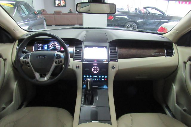 2018 Ford Taurus Limited W/ NAVIGATION SYSTEM/ BACK UP CAM Chicago, Illinois 12