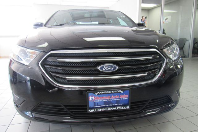 2018 Ford Taurus SEL W/ BACK UP CAM Chicago, Illinois 2