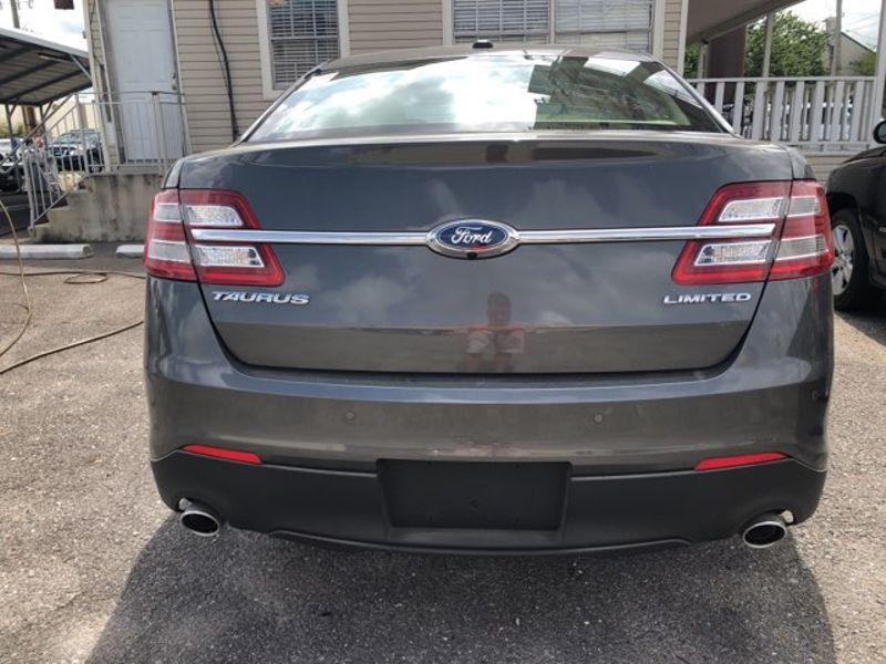 2018 Ford Taurus Limited  city LA  AutoSmart  in Gretna, LA