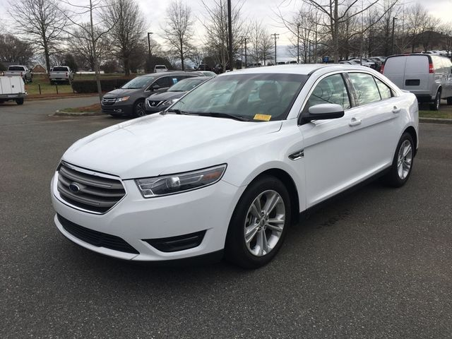 2018 Ford Taurus SEL in Kernersville, NC 27284