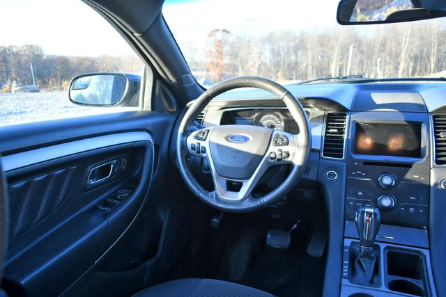2018 Ford Taurus SEL Naugatuck, Connecticut 10