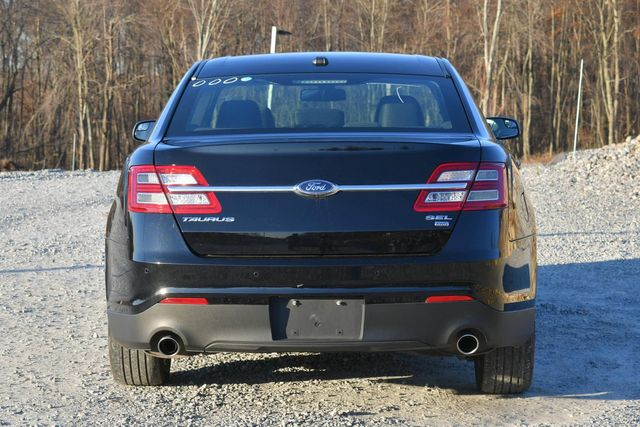 2018 Ford Taurus SEL Naugatuck, Connecticut 3