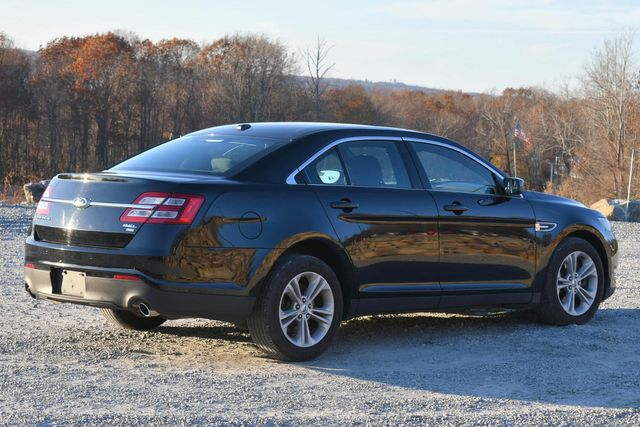 2018 Ford Taurus SEL Naugatuck, Connecticut 4