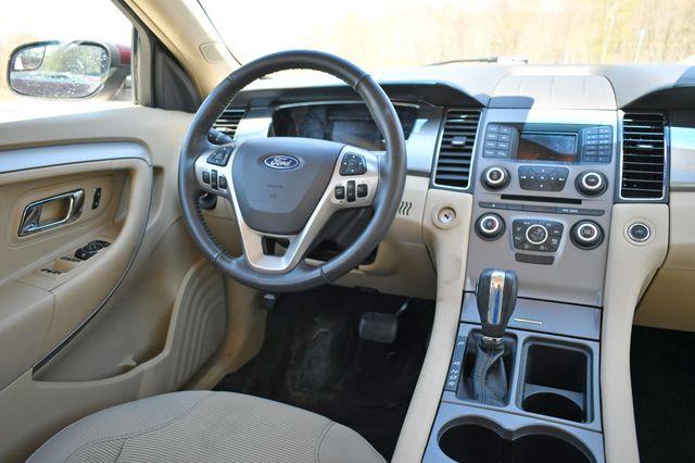 2018 Ford Taurus SEL AWD Naugatuck, Connecticut 14