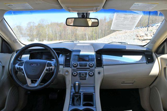 2018 Ford Taurus SEL AWD Naugatuck, Connecticut 15