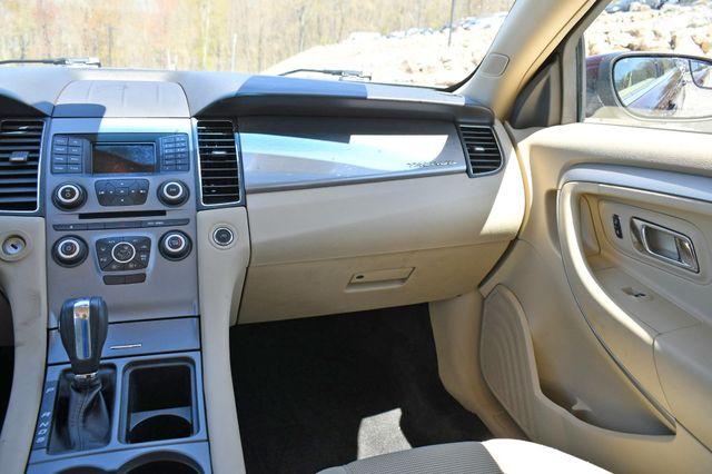 2018 Ford Taurus SEL AWD Naugatuck, Connecticut 16