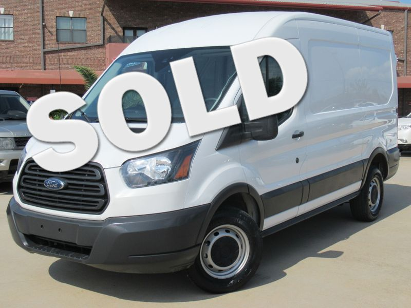 2018 Ford Transit T-250 (MR) Medium Roof | Houston, TX | American Auto Centers in Houston TX