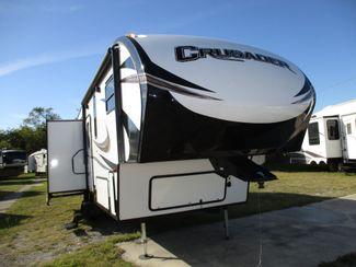 2018 Forest River Prime Time Crusader 28RL  city Florida  RV World of Hudson Inc  in Hudson, Florida