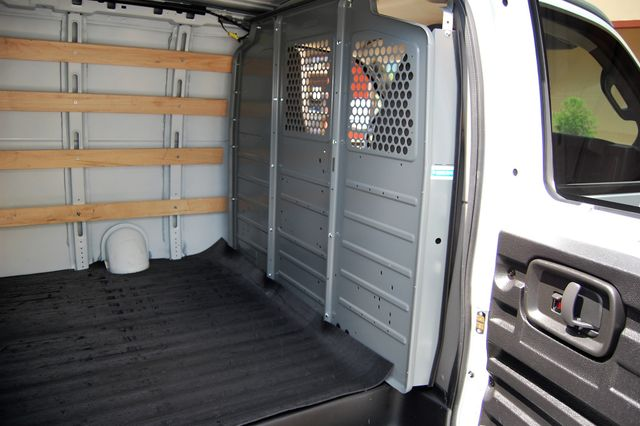 2018 GMC G2500 Cargo Van Charlotte, North Carolina 11