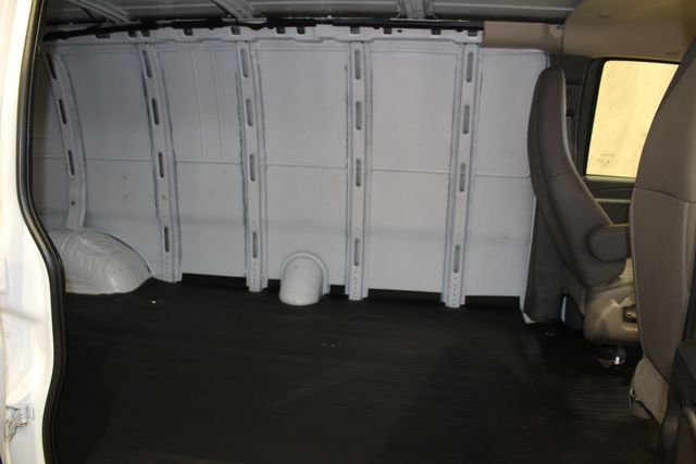 2018 GMC Savana Cargo Van in Roscoe, IL 61073