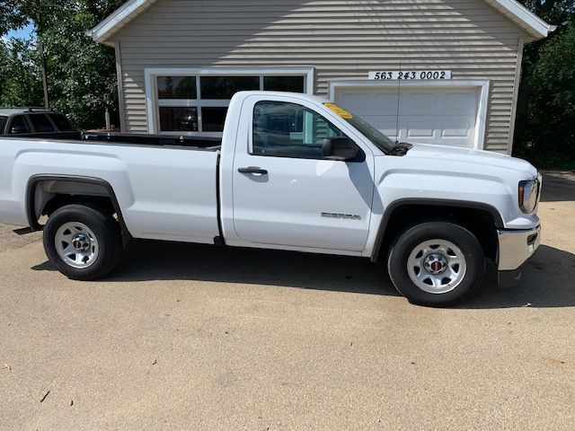 2018 GMC Sierra 1500 in Clinton, IA 52732