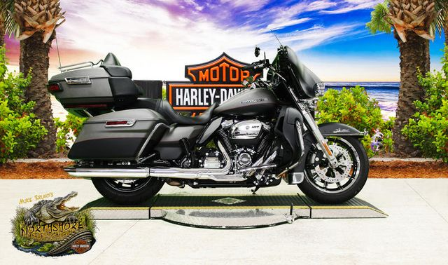 2018 Harley-Davidson® FLHTKL - Ultra Limited Low