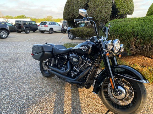 2018 Harley-Davidson Heritage Classic 114 FLHCS in McKinney, TX 75070