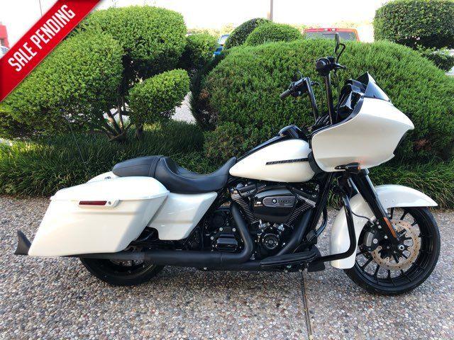 2018 Harley Davidson ROAD GLIDE in McKinney, TX 75070