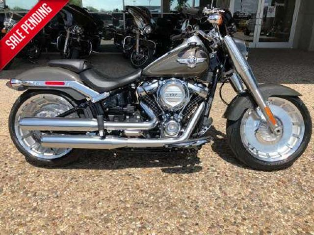 2018 Harley-Davidson Softail® Fat Boy LO *** ONLY 383 MILES ***