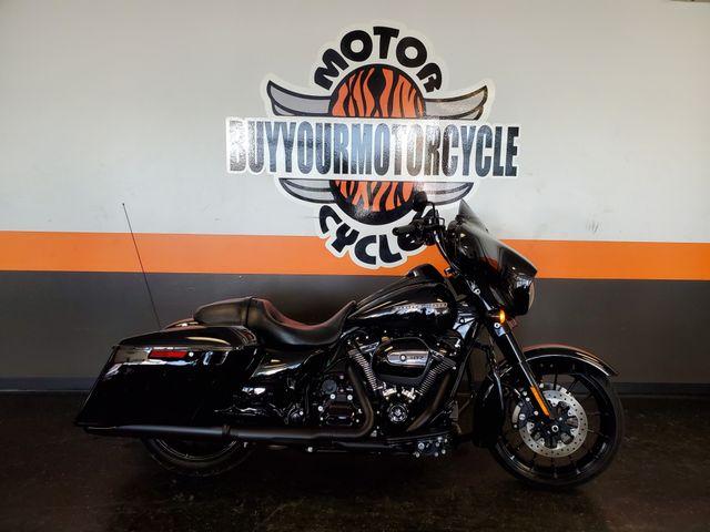 2018 Harley- Davidson Street Glide