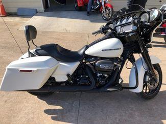 2018 Harley Davidson STREET GLIDE SPECIAL in McKinney, TX 75070