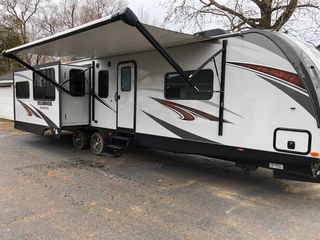 2018 Heartland 3375KL  Wilderness Spartanburg, South Carolina 10