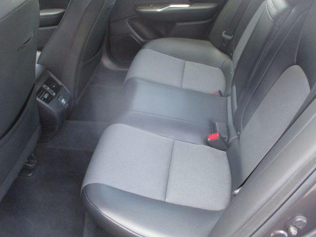 2018 Honda Clarity Plug-In Hybrid Farmington, MN 3