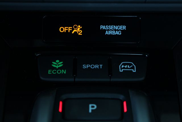 2018 Honda Clarity Plug-In Hybrid Touring - NAV - HEATED LEATHER - HONDA SENSING! Mooresville , NC 44