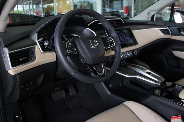 2018 Honda Clarity Plug-In Hybrid Touring - NAV - HEATED LEATHER - HONDA SENSING! Mooresville , NC 29
