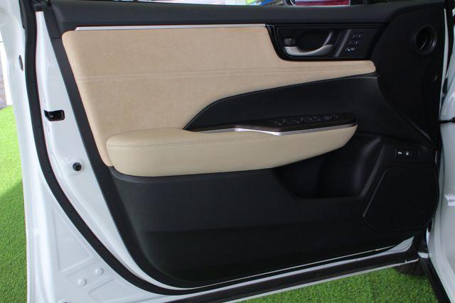2018 Honda Clarity Plug-In Hybrid Touring - NAV - HEATED LEATHER - HONDA SENSING! Mooresville , NC 48