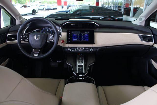 2018 Honda Clarity Plug-In Hybrid Touring - NAV - HEATED LEATHER - HONDA SENSING! Mooresville , NC 28