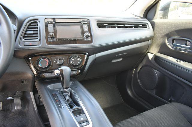 2018 Honda HR-V LX Naugatuck, Connecticut 13