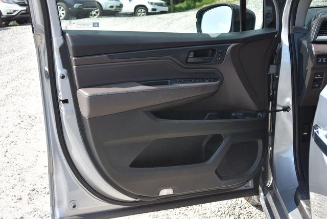 2018 Honda Odyssey Touring Naugatuck, Connecticut 19
