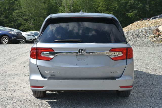 2018 Honda Odyssey Touring Naugatuck, Connecticut 3
