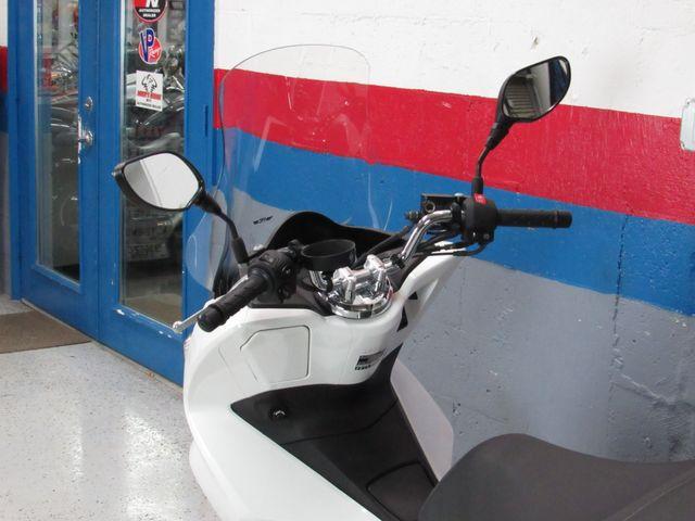 2018 Honda PCX150 in Dania Beach , Florida 33004