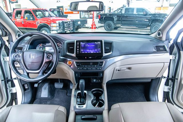 2018 Honda Pilot EX-L in Addison, Texas 75001