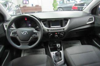 2018 Hyundai Accent SE W/ BACK UP CAM Chicago, Illinois 14