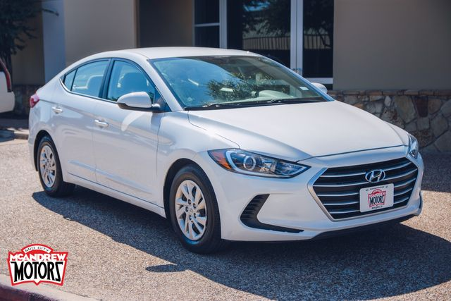 2018 Hyundai Elantra SE in Arlington, Texas 76013