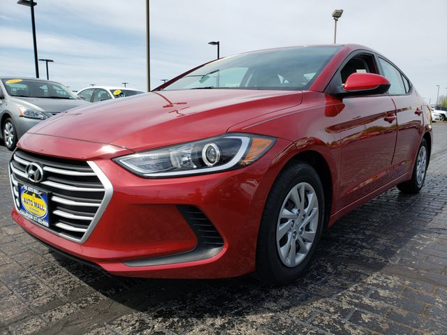 2018 Hyundai Elantra SE | Champaign, Illinois | The Auto Mall of Champaign in Champaign Illinois
