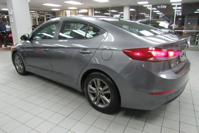 2018 Hyundai Elantra SEL W/ BACK UP CAM Chicago, Illinois 3