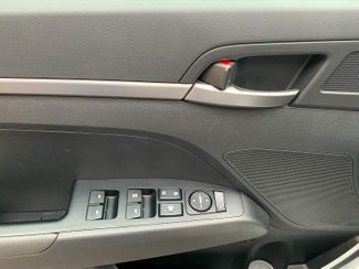 2018 Hyundai Elantra SE Maple Grove, Minnesota 14