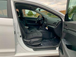 2018 Hyundai Elantra SE Maple Grove, Minnesota 17