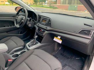 2018 Hyundai Elantra SE Maple Grove, Minnesota 19