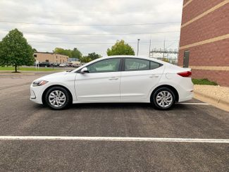 2018 Hyundai Elantra SE Maple Grove, Minnesota 8