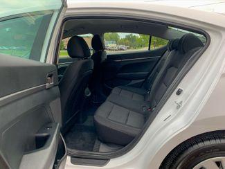 2018 Hyundai Elantra SE Maple Grove, Minnesota 26