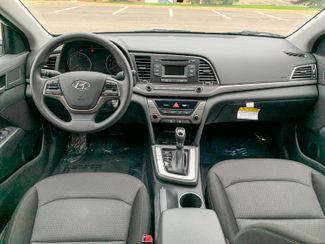 2018 Hyundai Elantra SE Maple Grove, Minnesota 32